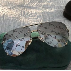 Gucci monogram lenses authentic aviator sunglasses